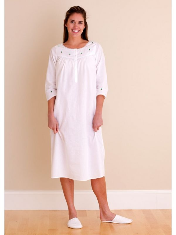 Christmas White Cotton Nightgown, Embroidered - EL240**
