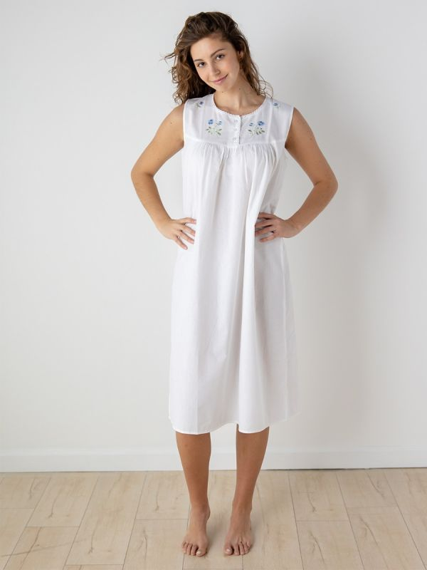clara nightgown
