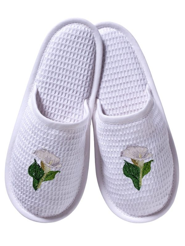 DG05-CALWH Slippers, Waffle Weave - Calla Lily (White)