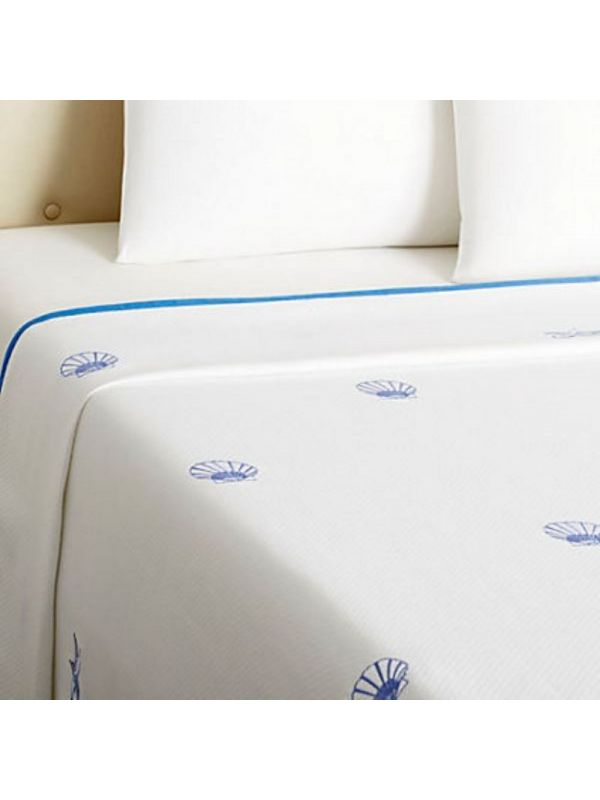 LG79-SFBL-SCBL Coverlet (King)** - Pure Cotton Diamond Pique, Embroidered Starfish & Scallop (Blue)