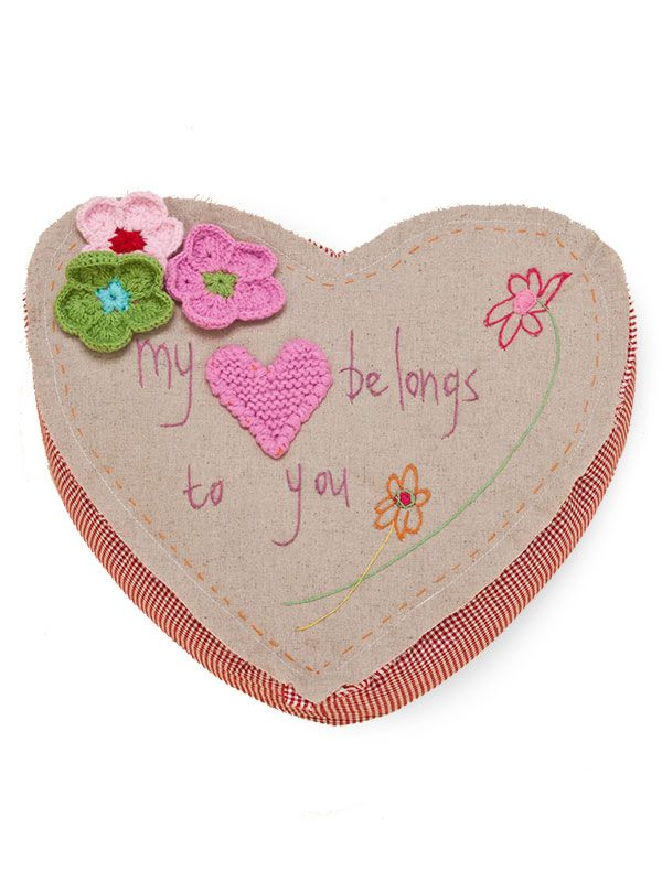 "LL658 Heart Pillow - ""my heart belongs to you""**"